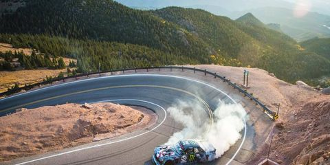 Ken Block ripping Pikes Peak apart in his 1,400 hp Hoonicorn