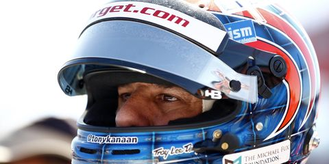 Tony Kanaan is returning to Chip Ganassi's IndyCar team with a new sponsor.