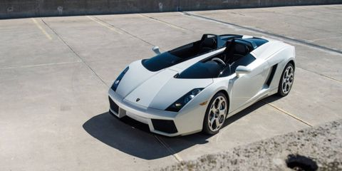 Lamborghini was planning to make a hundred of these, but only one ended up rolling out of the factory.