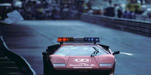 Vintage Formula 1 races should feature ultra-cool, era-correct safety cars like this Lamborghini Countach.