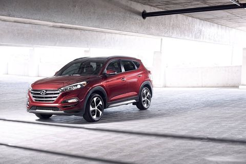 The 2018 Hyundai Tucson comes with either a 164-hp, 2.0-liter I4 or a 1.6-liter turbocharged four making 175 hp and 195 lb-ft of torque.