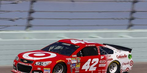 Kyle Larson practices at Homestead-Miami Spedway on Friday.