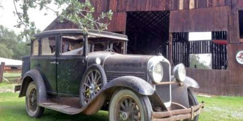 Does the presence of a barn in the background make this 1929 Marmon 68 a barn find?