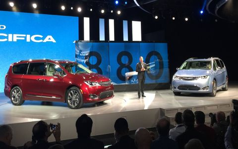 The 2017 Chrysler Pacifica, left, and the Chrysler Pacifica Hybrid at their 2016 Detroit auto show debut.