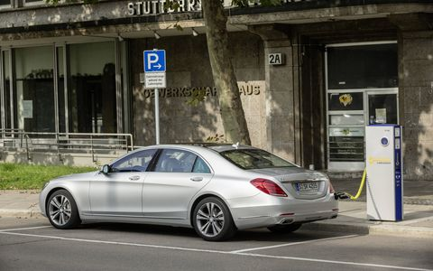 The 2015 Mercedes-Benz S550 Plug-in Hybrid seems designed to lead you into green driving habits wherever possible.