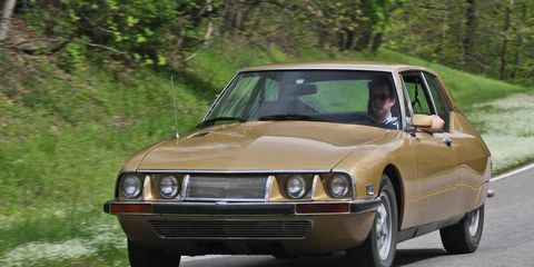 After a few moments behind the wheel, we'd adopted the suave confidence of your typical Citroen SM driver.