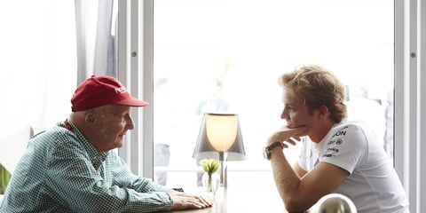 Mercedes chairman Niki Lauda says that the German F1 team has agreed to a deal with Nico Rosberg.