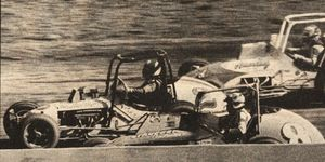Tom Bigelow on his way to victory at Eldora.