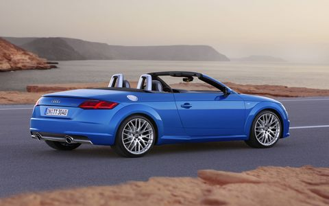 The new TT Roadster is sporty, compact and low-slung stance on the road. At 4,177 millimeters (13.7 ft), the two‑seater is 21 millimeters (0.8 in) shorter than its predecessor.