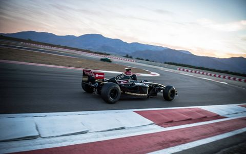 Yes, driving a Renault R26 is probably more fun than anything else you've ever driven.
