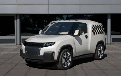Toyota revealed today the Urban Utility concept vehicle – or U2 – at a private panel discussion hosted by Make: magazine in San Francisco.
