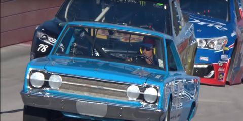 Land vehicle, Vehicle, Car, Motor vehicle, Classic car, Racing, Motorsport, Custom car, Auto racing, Sedan,