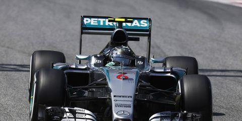Nico Rosberg won the pole Saturday in Barcelona for Sunday's Formula One race.