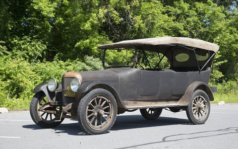 Four generations of the Gapp family have enjoyed this 1916 Oakland Model 50 V8. It's finally back on the road, ready to take on another century.