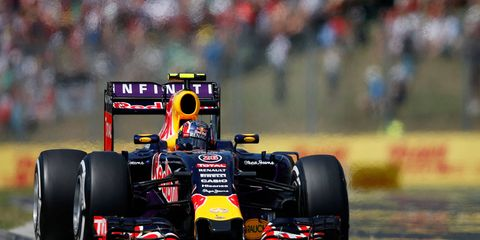 Daniil Kvyat and Red Bull Racing may be ready to shed Renault for Mercedes or Ferrari power.