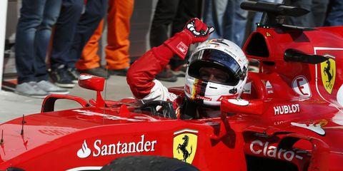 Despite Mercedes' dominance, Mika Hakkinen says Ferrari's Sebastian Vettel is a threat to win the F1 championship.