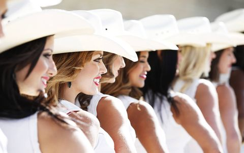 What's a grid girl in Texas without a cowboy hat?
