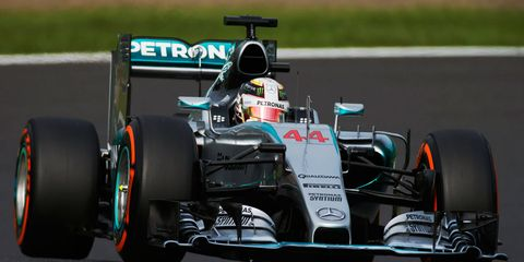 The world TV feed of the Formula One Japanese Grand Prix featured just five minutes of Mercedes' on-track action.