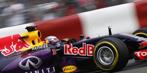 Daniel Ricciardo's Red Bull Racing machine will be looking for a new power plant if Renault leaves Formula One over what it feels are restrictive rules.