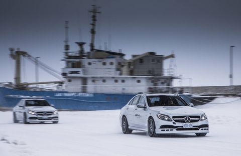 AMG Winter Sporting Drifting