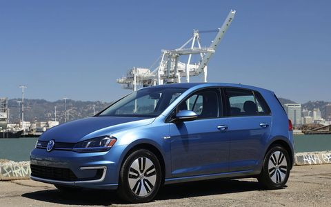 After the screamingly orange-and-white Fiat 500e, the e-Golf seems nearly invisible.