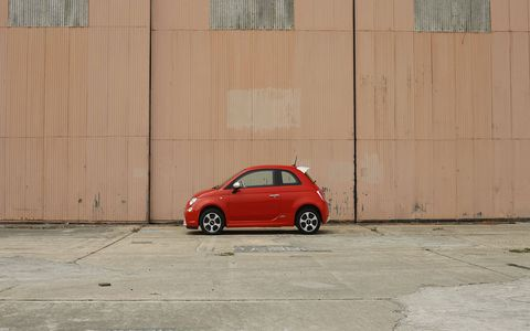 Unlike a lot of supposedly small cars, the 500 is well-suited for grabbing tight city parking spots.
