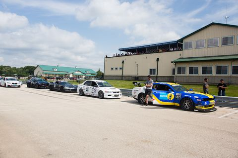 Round 3 of the GRIDLIFE TrackBattle series began on Autobahn Country Club's 1.46-mile north course. New GRIDLIFE records were set in Track Modified, Street Modified and Street classes.
