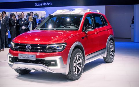The Volkswagen Tiguan GTE Active Concept debuted in Detroit, previewing the next-gen SUV that will eventually come to the U.S. in long-wheelbase form.