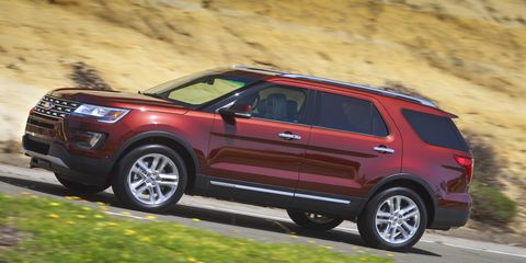 The redesigned hood, headlamps, grille, fender and fog lamps give the Explorer a fresh new look.