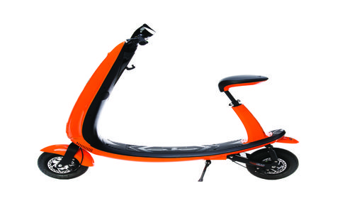 The OjO electric scooter is meant to fill the void between cheap collapsible Chinese-made Razor-type units and full-size electric motorcycles. Price is one cent under two grand.