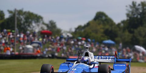 A mechanical problem relegated Scott Dixon to a ninth-place finish on Sunday at the Mid-Ohio Sports Car Course.