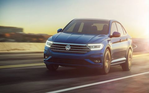 The 2019 Volkswagen Jetta premiered on Sunday before the Detroit auto show. It's longer by about an inch with shorter overhangs, and wider than the previous model.