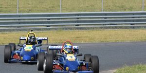 The Bertil Roos school operates at 7 different racetracks near the East Coast.