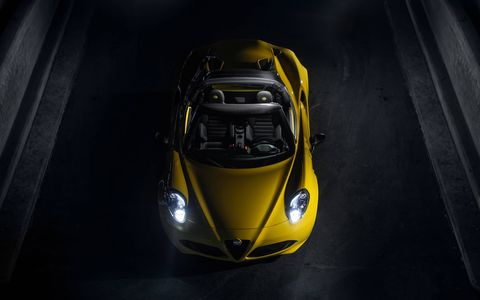 There will be seven exterior colors are available for the 4C Spider; Rosso Alfa, Black, White, Basalt Grey Metallic, Rosso Competizione Tri-coat, Madreperla White Tri-coat and all-new Giallo (yellow).