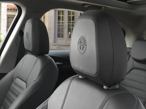 The 2018 Alfa Romeo Stelvio Lusso comes with 12-way power front seats, including 4-way lumbar, leather-wrapped dash and upper door trim with accent stitching, wood trim in dark gray oak or light walnut, luxury leather-wrapped steering wheel, aluminum pedals and footrest, and more.