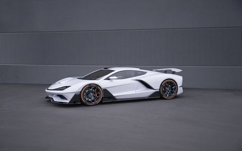 Modena? Stuttgart? Woking? Try Irvine, Calif. The Aria FXE has a claimed 1150-hp hybrid LT4 V8/dual electric motor powerrtain that'll launch this supercar to 60 in 3.1 seconds and to a top speed of 220 mph. Now all they have to do is manufacture it. How hard can that be?