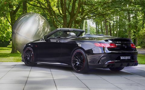 Brabus unveiled the 850 6.0 Biturbo Cabriolet atthe 24 Hours of Le Mans, but didn't let the cabrio participate in the actual race.