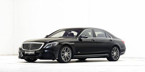 Tire, Wheel, Automotive design, Vehicle, Rim, Alloy wheel, Spoke, Car, Grille, Personal luxury car,
