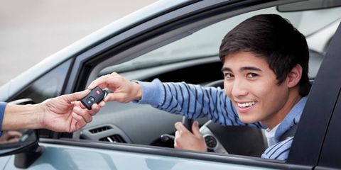Motor vehicle, Automotive design, Mouth, Finger, Vehicle door, Hand, Glass, Automotive mirror, Automotive exterior, Car,
