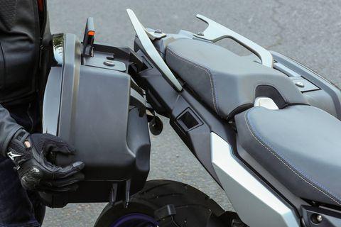 Standard side hard cases now get integrated mounts.