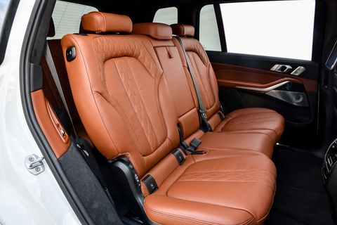 The 2019 BMW X7 xDrive50i has lots of space. Here's what cargo space looks like with the second and third row seats folded.