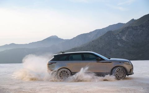 The all-aluminum 2018 Range Rover Velar arrives in the U.S. this summer riding on a variant of the F-Pace platform with three engine choices: 2.0-liter diesel, 2.0-liter supercharged gasoline and a 380-hp supercharged V6.