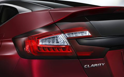 The Honda Clarity will come with hydrogen fuel-cell power, as well as electric and plug-in hybrid versions.