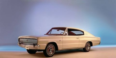Tire, Automotive design, Vehicle, Automotive exterior, Land vehicle, Car, Hood, Hardtop, Classic car, Muscle car,