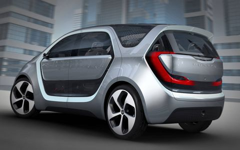 The Chrysler Portal Concept revealed in Las Vegas ahead of CES seats six tech-savvy millennials in blissful full-zoot connectivity, both with The Cloud and with each other.