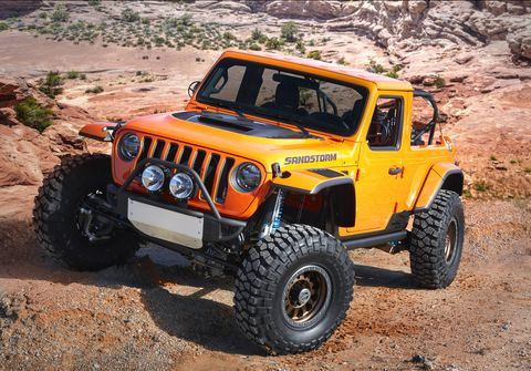 Jeep unveiled seven concept vehicles for the 2018 Easter Jeep Safari in Moab, Utah including the V8-powered Sandstorm.