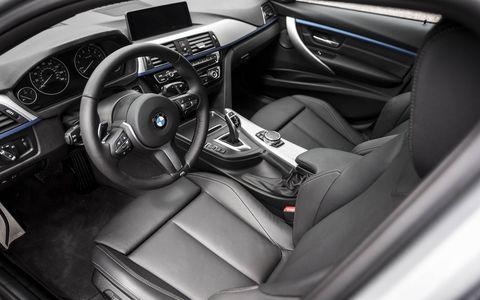 2016 BMW 340i (optional automatic transmission shown)