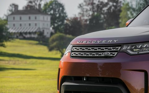 The diesel Disco is powered by a 3.0-liter turbodiesel V6 paired with an eight-speed automatic.