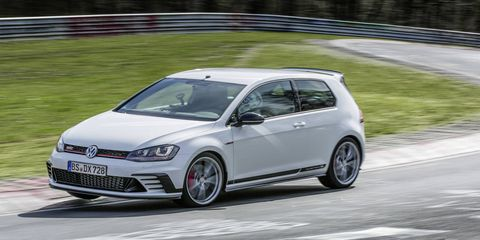 The hardcore 306-hp 2016 VW Golf GTI Clubsport S just lapped Germany's Nurburgring in 7 minutes, 49.21 seconds -- quick enough to earn it the front-wheel drive production car record.