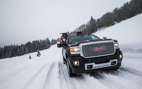 The 2017 GMC Sierra HD was introduced last September at the Texas State Fair and has been hauling, towing and bulldozing heavy items across America ever since. The key component to its torque dominance is its all-new 6.6-liter Duramax V8, with a building-barreling 910 lb ft of the stuff.